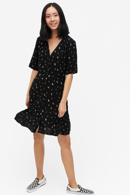 klänning utan krusiduller